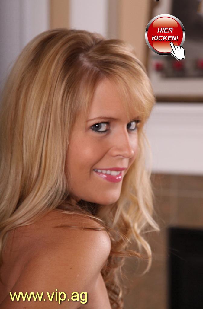 gewaltige Brüste Rita