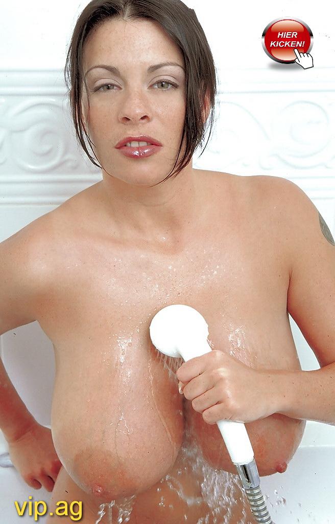 Sexy Sarah Bamberg