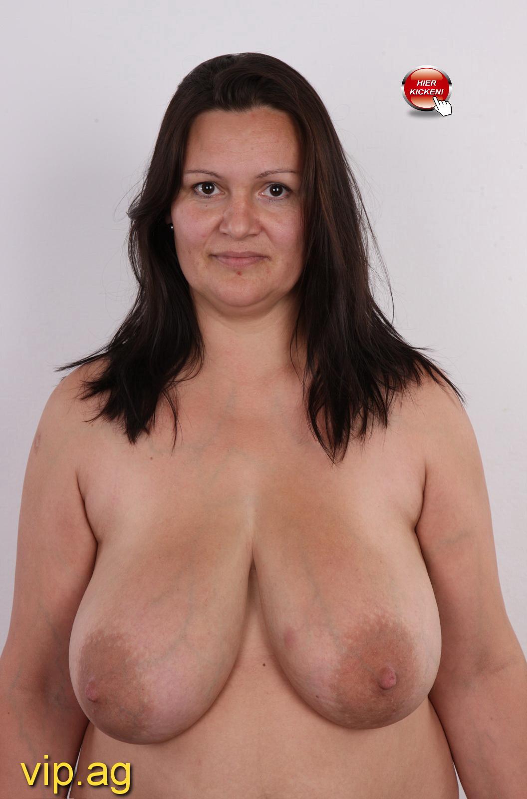 pralle Brüste Ursula