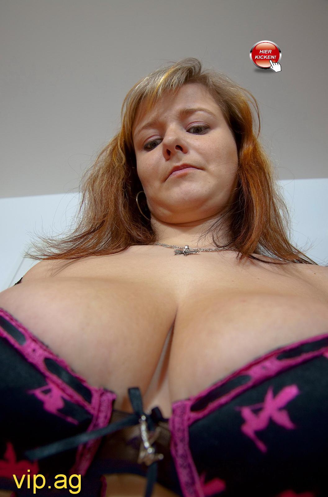 gewaltige Brüste Jasmin