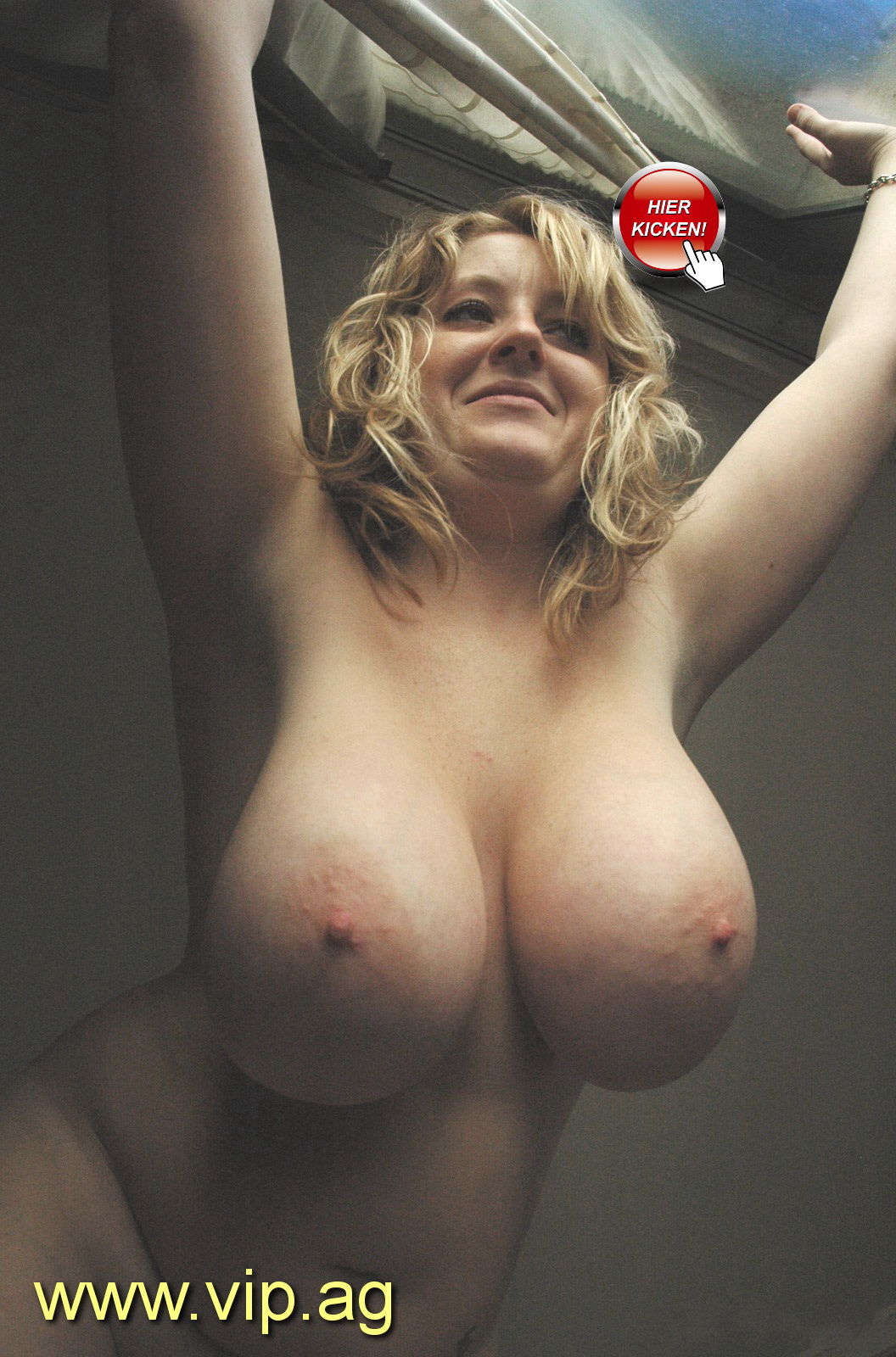 xxl Titten Monique