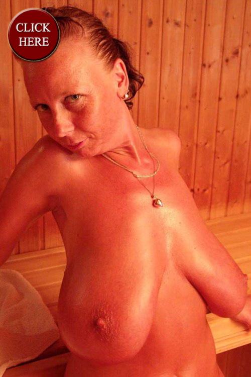 Nackte Frauen rammeln Wien
